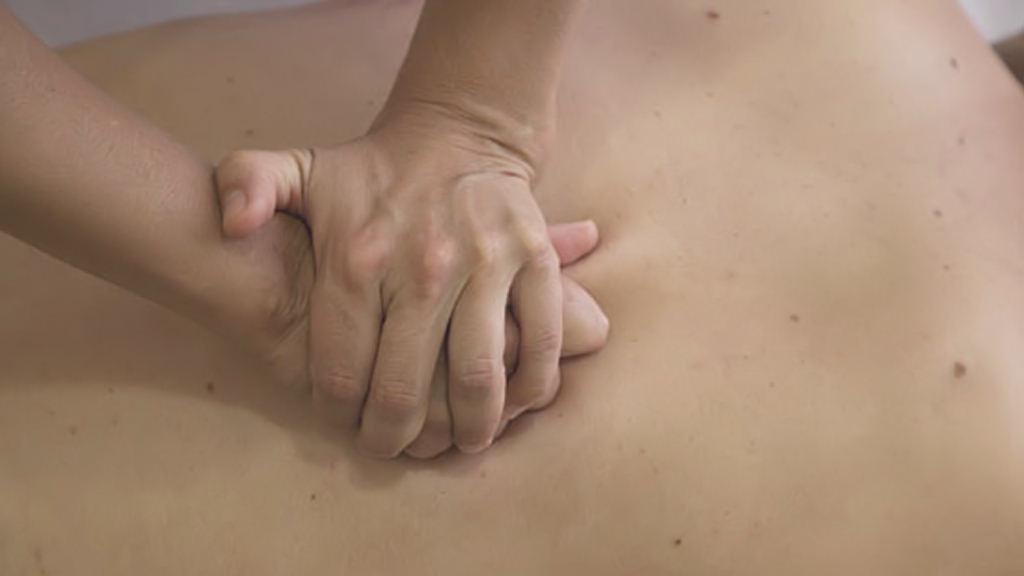 masaje terapeutipo