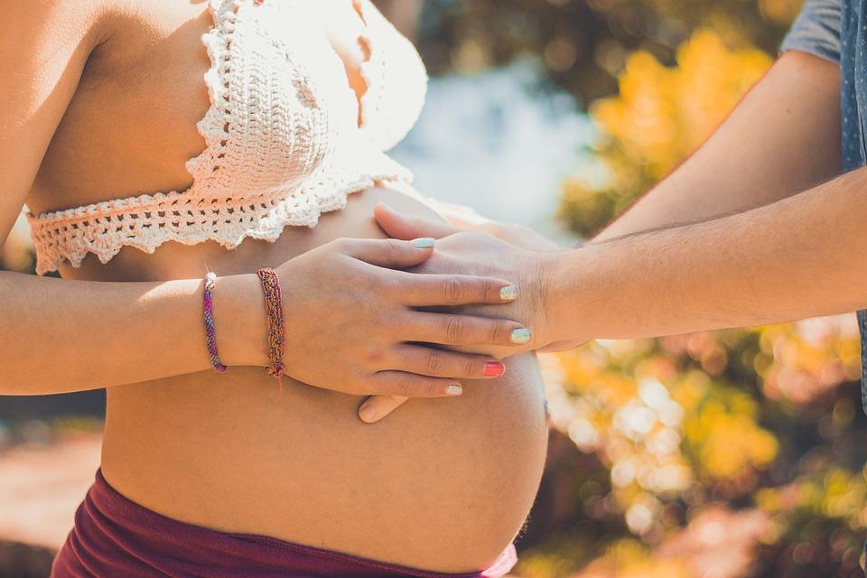 masaje perineal para embarazada